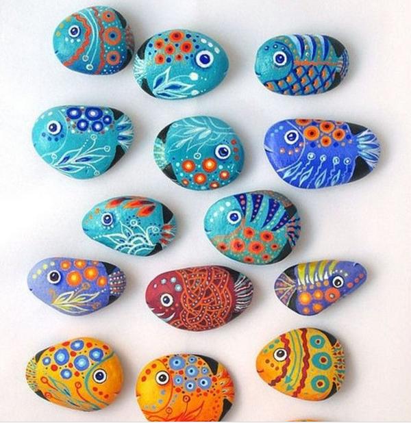 手工可爱创意q表情鱼彩绘石头