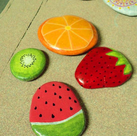 漂亮的创意石头涂鸦diy食物产品欣赏