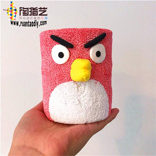 愤怒的小鸟系列手工软陶diy制作的卡通笔筒